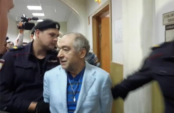 Фото со страницы Левона Айрапетяна в Facebook