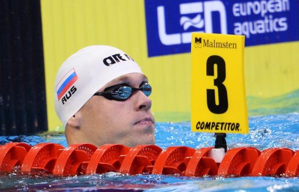 Пловец Олег Тихобаев