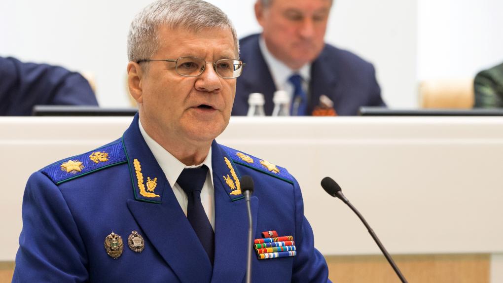 Генеральный прокурор РФ Юрий Чайка на заседании Совета Федерации РФ