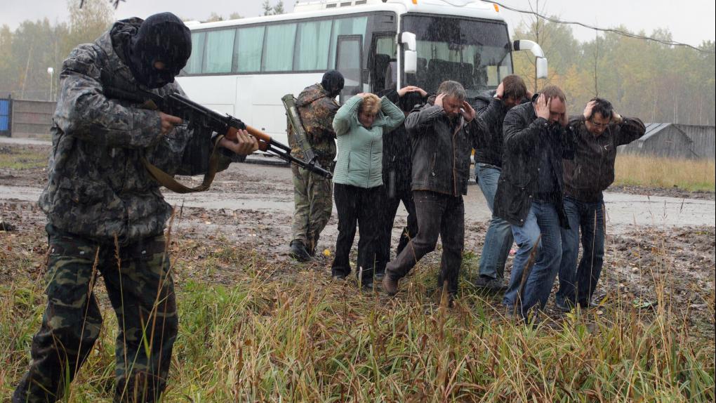 """""""Террорист"""" с """"заложниками"""" во время антитеррористических учений"""