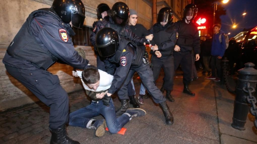 Несанкционированная акция в поддержку А. Навального в Санкт-Петербурге. Октябрь, 2017 г.