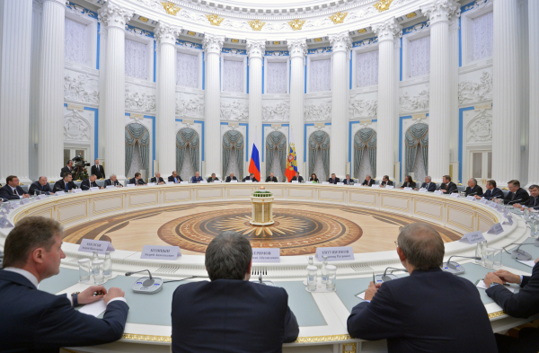 На встрече Владимира Путина с представителями бизнеса 19 декабря 2014 года