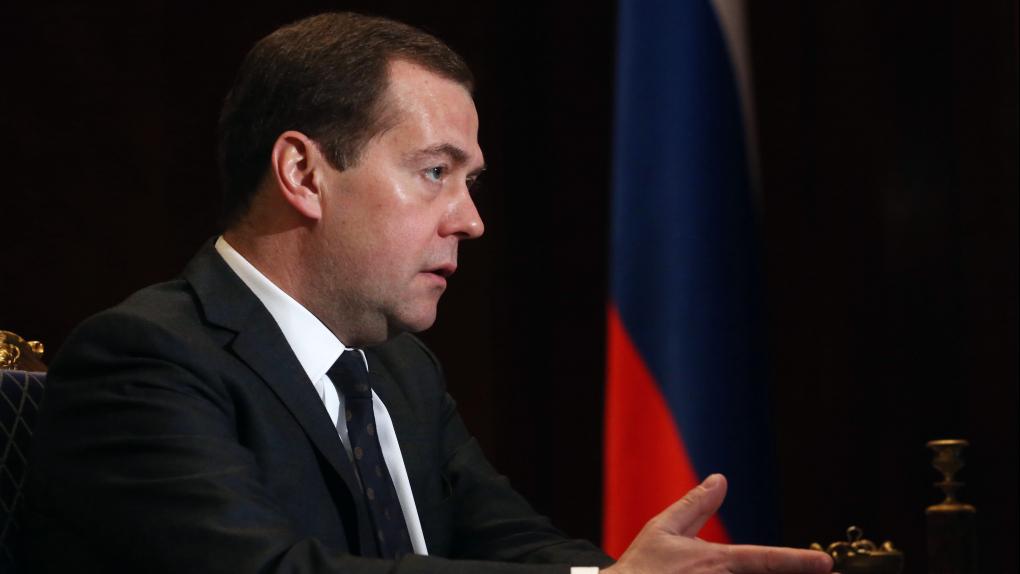 Медведев открыл тайну бесследно пропадающих денег