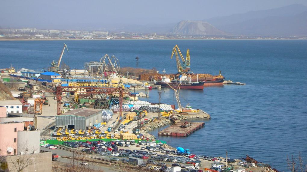 Вид на порт города Находка