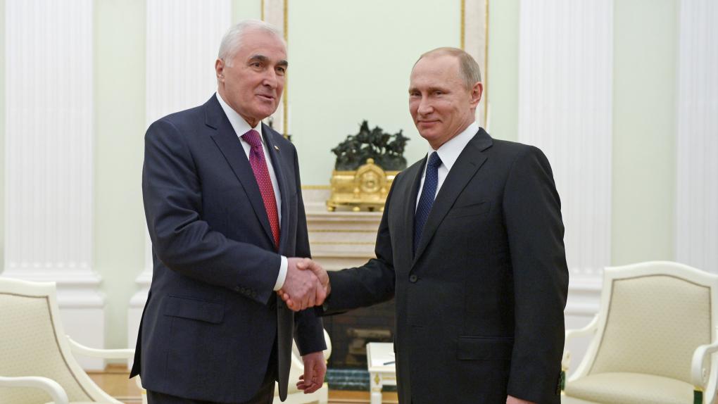 Встреча Владимира Путина и Леонида Тибилова
