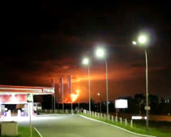 Пожар на арсенале недалеко от поселка Пугачево в Удмуртии в 2011 году