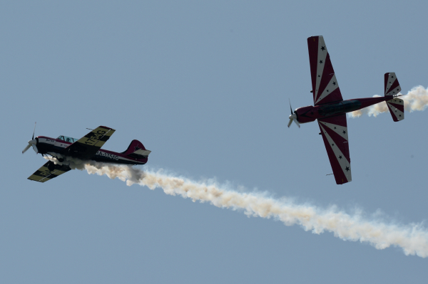 "Самолеты ""Як-52"", фото из архива"