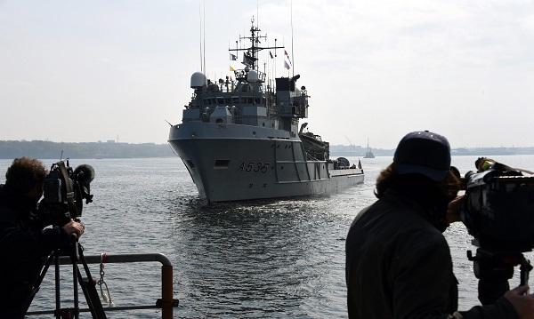 Корабль НАТО в Балтийском море
