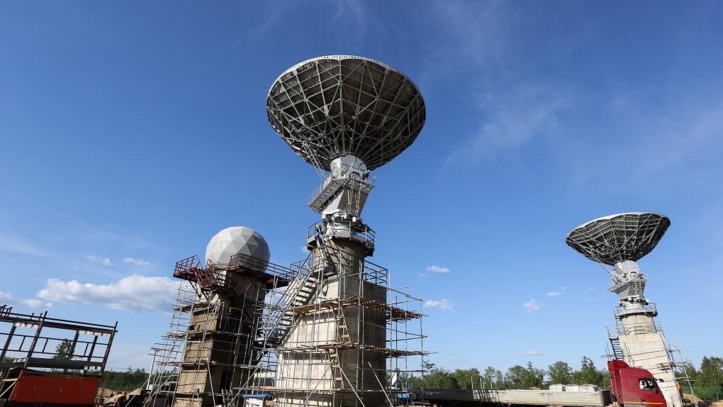 Антенны космической связи на космодроме