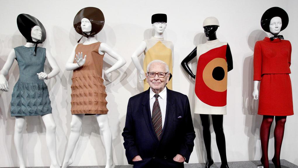 На фото: Пьер Карден на открытии музея своего имени в Париже