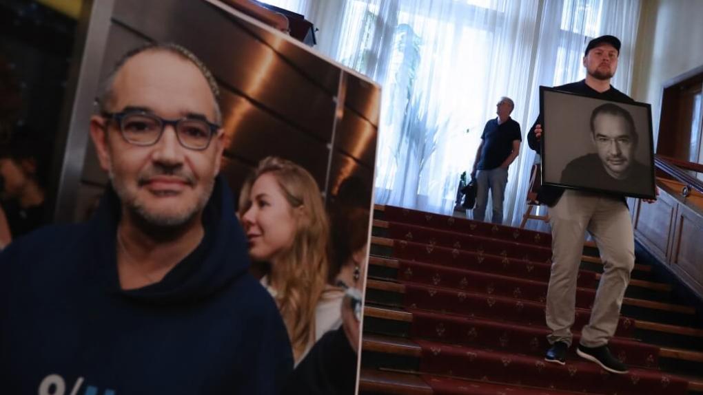 Прощание с Антоном Носиком в Москве