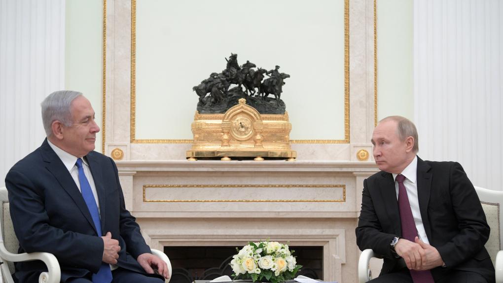 4 апреля 2019. Президент РФ Владимир Путин и премьер-министр Израиля Биньямин Нетаньяху (слева) во время встречи.
