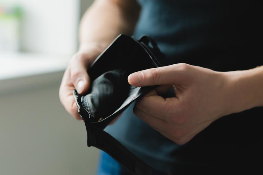 Четыре процента не в состоянии исполнить свои обязательства по кредитам