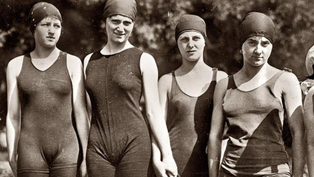 Очарование ретро-купальников. История купального костюма