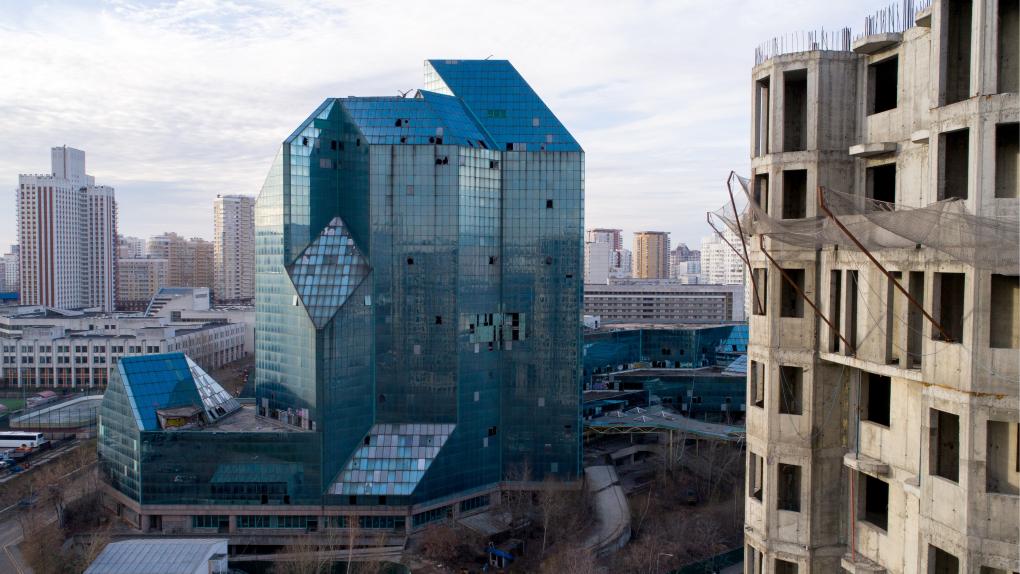 Заброшенный бизнес-центр «Зенит» (г. Москва)